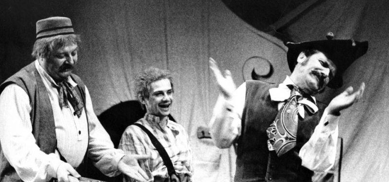 Rok 1991 - Zvažuje se existence divadla