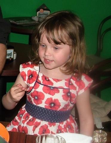 Ema, 3 roky