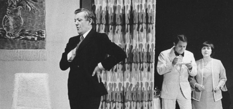 rok 1977 - Divadlo odehrálo 9 premiér